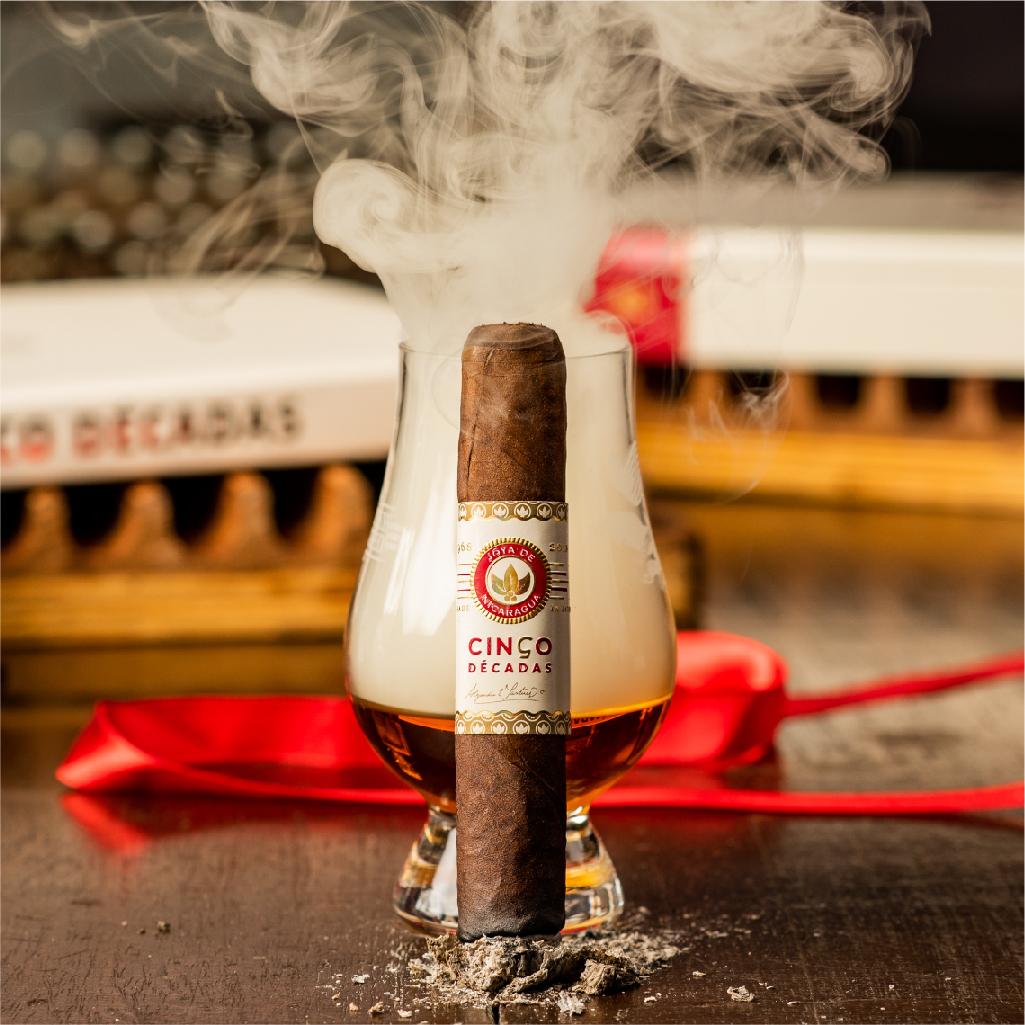 Cinco Décadas Fundador: the smoke to rise to the occasion